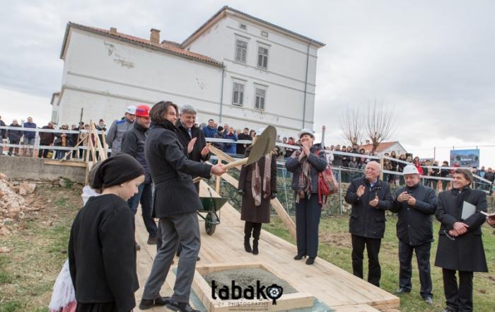 Kamen temeljac za novu bašćansku školu i dvoranu